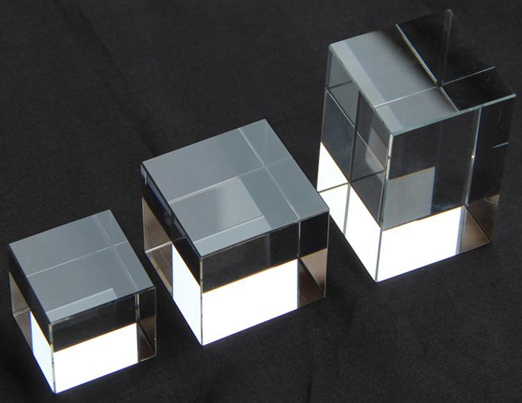 厚板透明膠磚頭